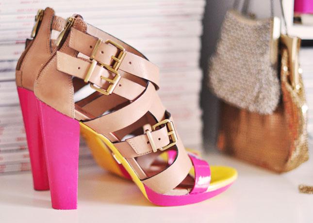 Customiser ses chaussures peinture talons