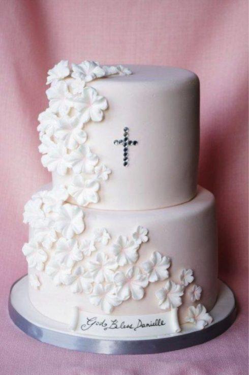 Gâteau blanc baptême