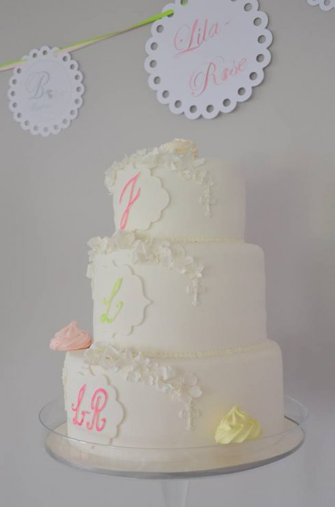 Gâteau de baptême simple