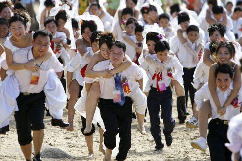 Le marathon des maries a Sanya Chine