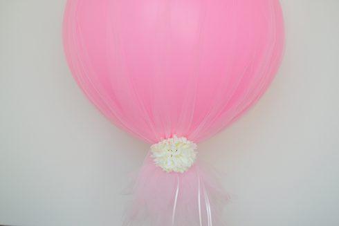 accrochez fleurs, perles ballon