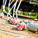boites conserves fleurs voiture mariage