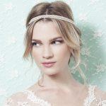 coiffure demoiselle dhonneur headband perles