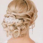 coiffure mariée chignon romantique