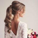 coiffure mariee queue cheval romantique