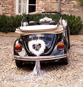 comment d corer la voiture des mari es blog boutique. Black Bedroom Furniture Sets. Home Design Ideas