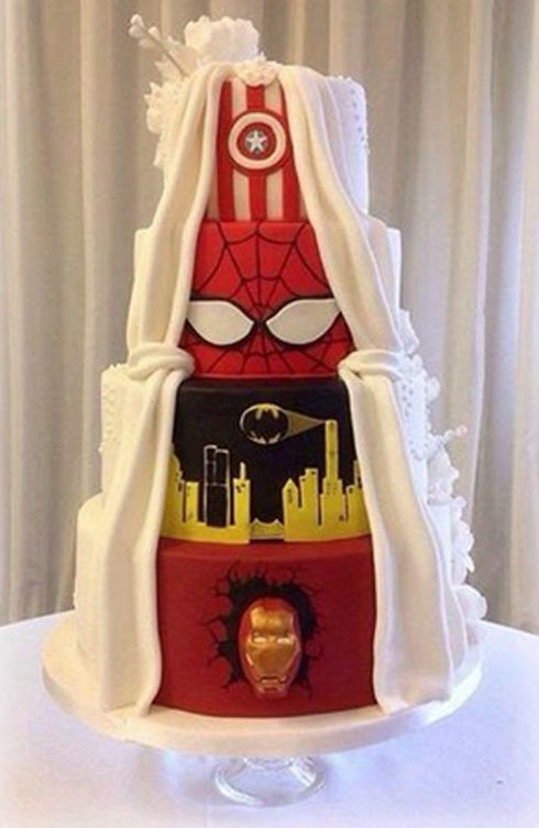 gâteau super héros mariage