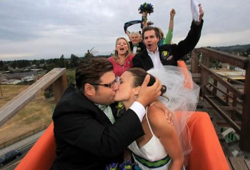 mariage hors du commun dans un grand huit