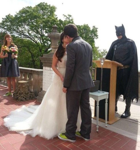 officiant super héros mariage