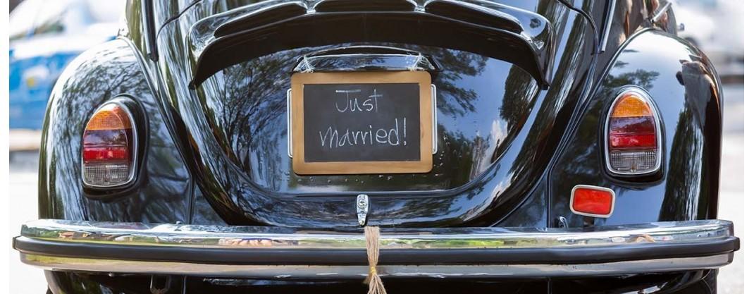 comment d corer la voiture des mari es blog boutique magique. Black Bedroom Furniture Sets. Home Design Ideas