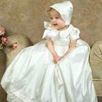Post image for La robe de baptême – Histoire et Traditions